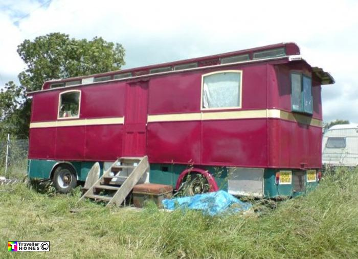 Simple Showmans Sipson Caravan  Mobile Home Vintage  In Wickford Essex