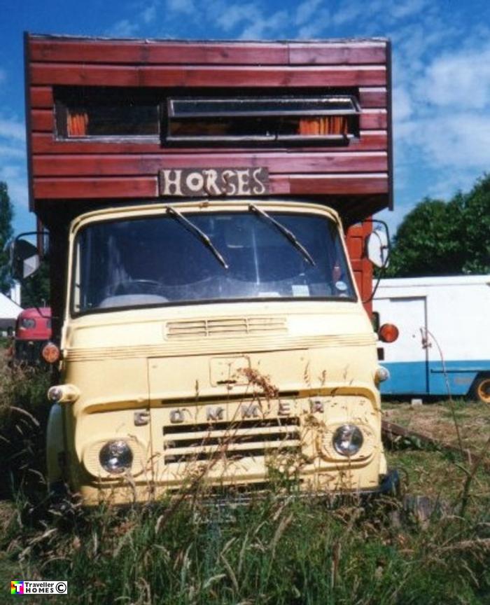 www.travellerhomes.co.uk