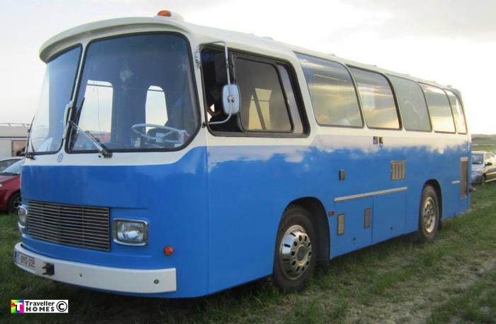 Ex Police Vans Mercedes >> Blue Merc Bus At Stonehenge 2014 :: Traveller Homes