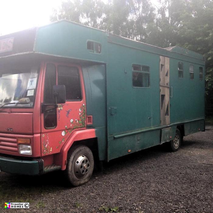 c72obg,ford,cargo,0813