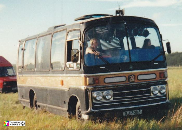 oji3065,vvd400s,bedford,vas5,plaxton
