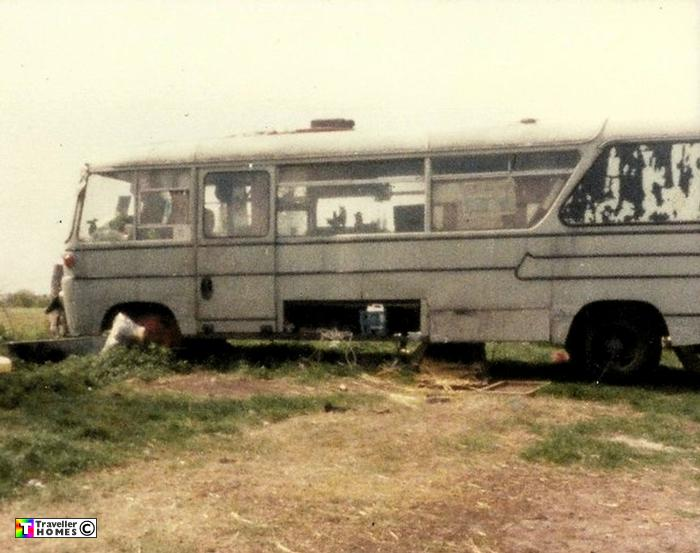 ngl861,ford,570e,duple